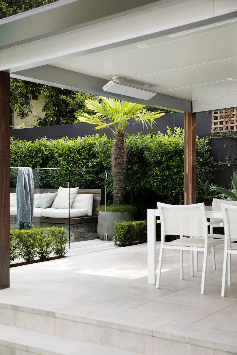 BackGardenDesign-EntertainingArea-Bench-Plants